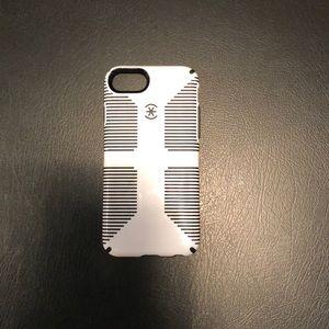 speck iPhone 7/8 case